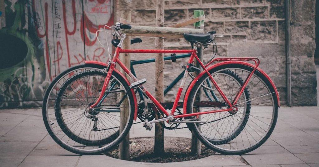 How to Choose a Hybrid Bike