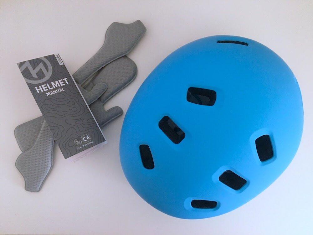 OutdoorMaster Helmet Contents