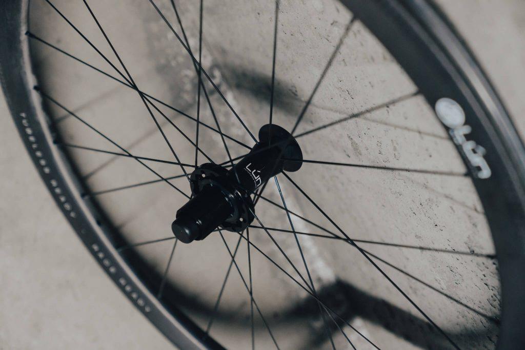 Lún Road Series 45mm hub and spokes