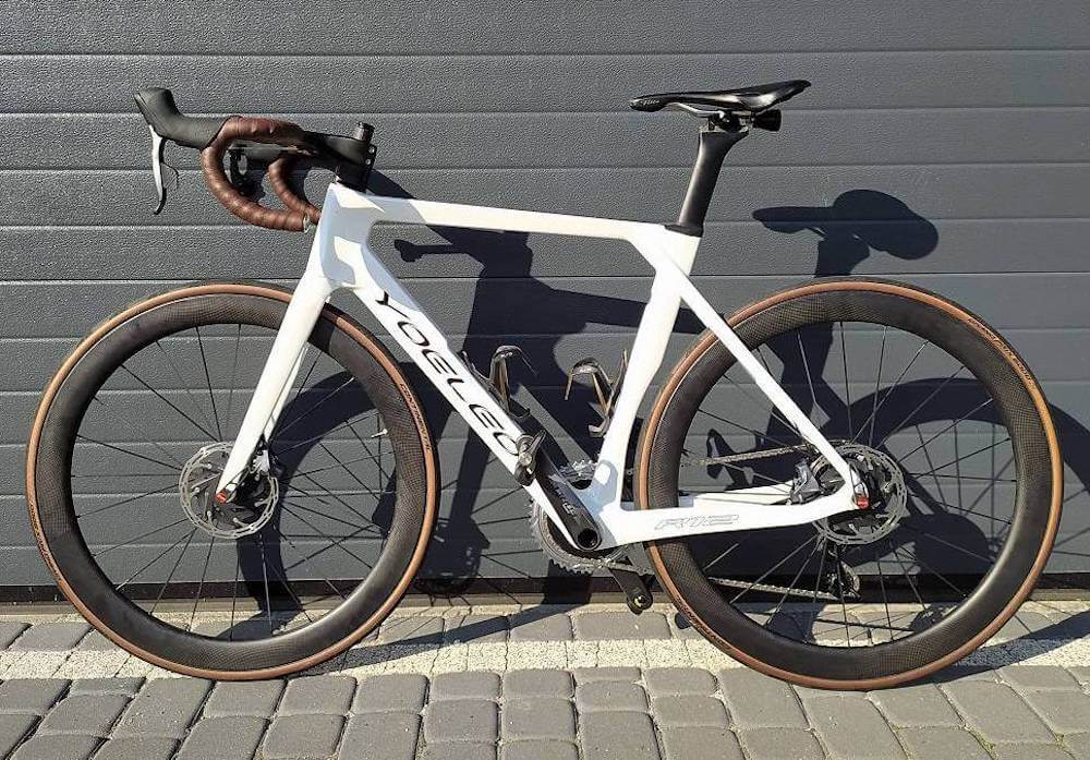 YOELEO R12 finished